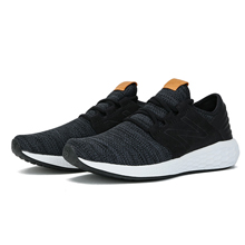 newbalance运动鞋MCRUZKB2
