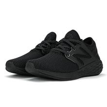 newbalance跑步鞋MCRUZRB2